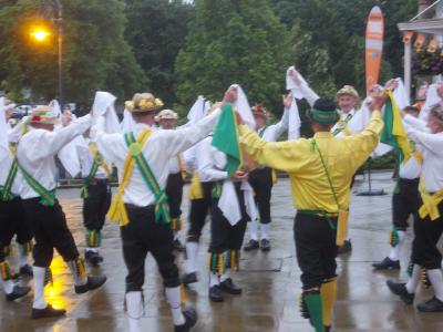 Day of Dance: Chapel-en-le-Frith Morris in the rain (SS)