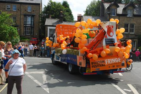 The Fringe float 2017 does the rounds
