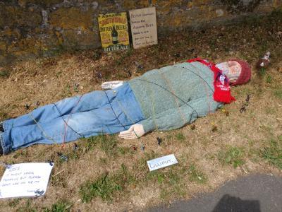 Gulliver as scarecrow in Chelmorton (DO)