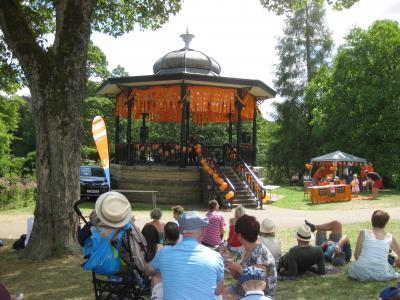 The audience gathers at Fringe Sunday (credit: Stephanie Billen 2018)