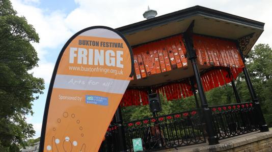 Fringe flag on Fringe Sunday (credit: Ian J. Parkes 2019)