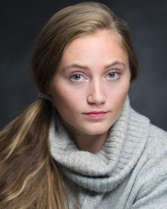 Clara Coslett. Actor, singer and  musician. MA graduate RCSSD