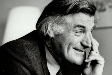 Ted Hughes (credit: Reg Innell)